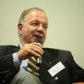Prof. Meffert im Marketing-Club Forum